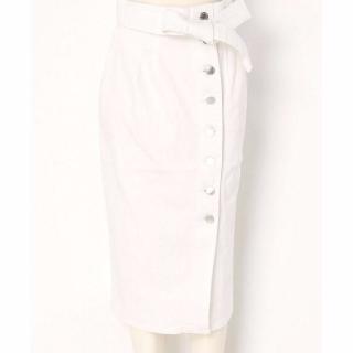 TVドラマ「せいせいするほど、愛してる」武井咲さん(栗原未亜)風衣装の白のタイトスカート