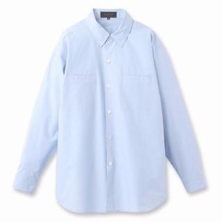 クールなライトブルーのシャツ