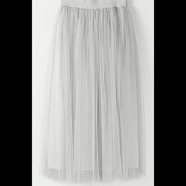不明のチュールスカートを使った着回しを募集します。