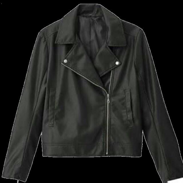 SpRayのライダースジャケットの購入を考えています。