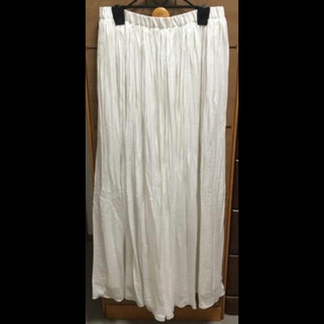 Ungridのマキシ丈スカートを使った着回しを募集します。