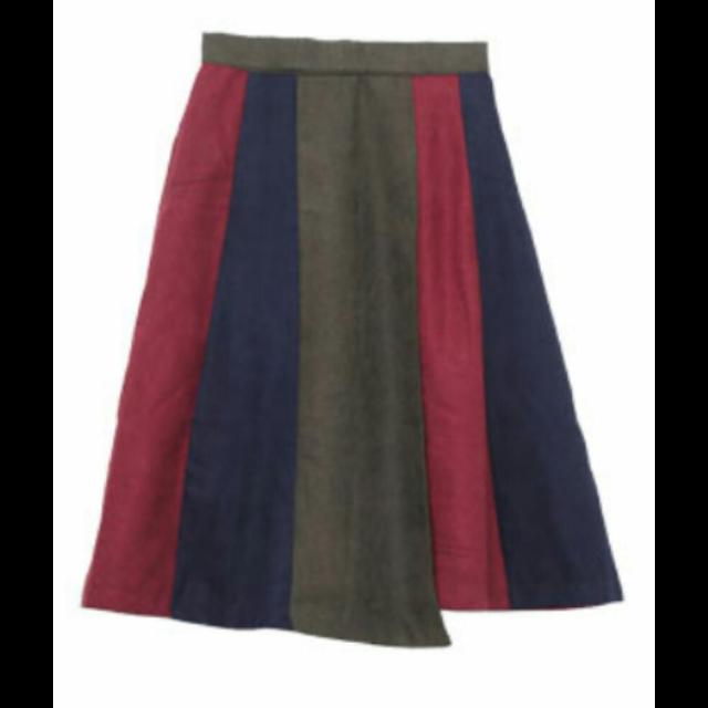 アハッピーマリリンのミモレ丈スカートを使った着回しを募集します。