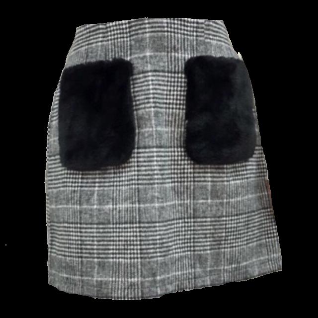 SHEENAのミニスカートを使った着回しを募集します。