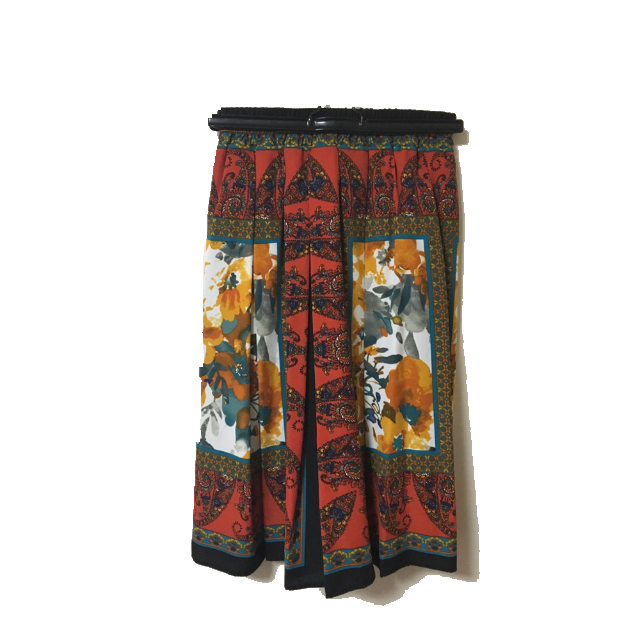 しまむらのミモレ丈スカートを使った着回しを募集します。