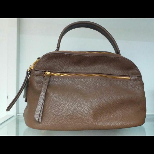 GUのハンドバッグを使った着回しを募集します。