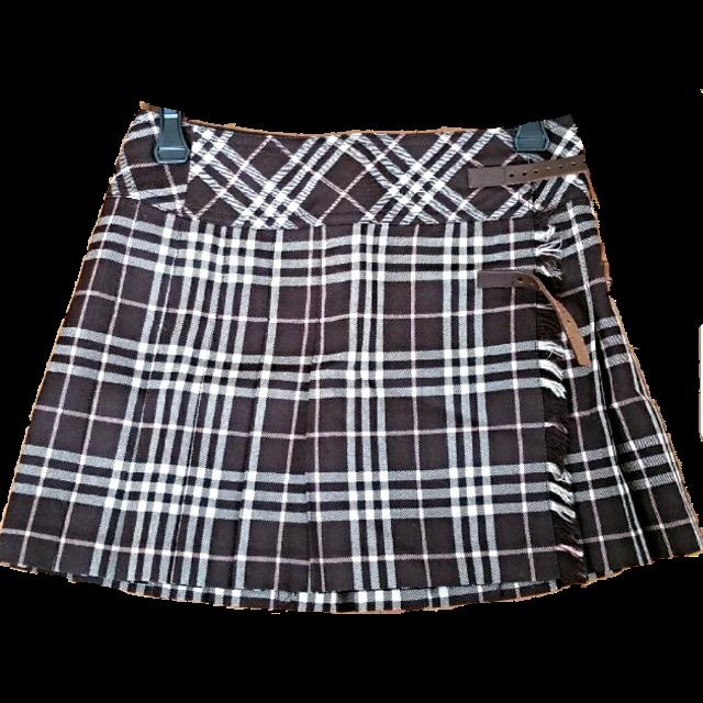 BURBERRY BLUE LABELのミニスカートを使った着回しを募集します。
