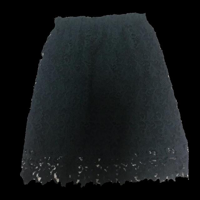 不明のタイトスカートを使った着回しを募集します。