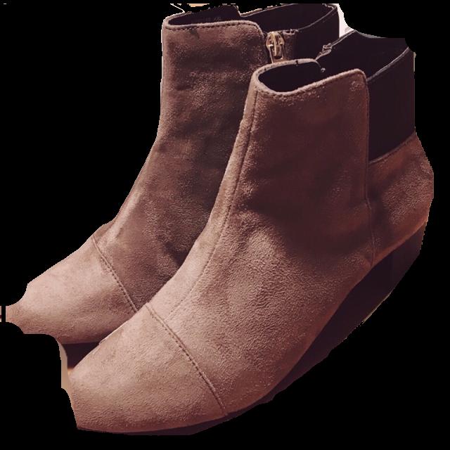 NUOVO BORGOのブーツを使った着回しを募集します。