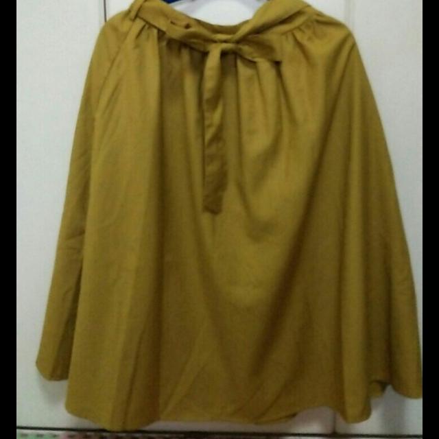 ViSのミモレ丈スカートを使った着回しを募集します。