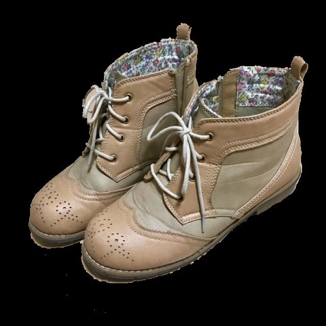 不明のブーツを使った着回しを募集します。