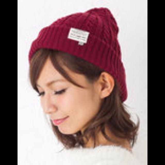 不明のニット帽を使った着回しを募集します。