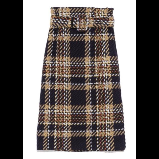 Mila Owenのタイトスカートを使った着回しを募集します。