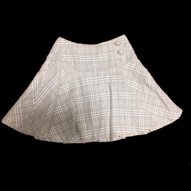 CECIL McBEEのミニスカートを使った着回しを募集します。