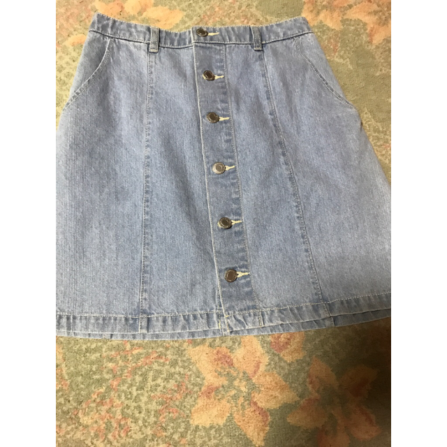 HONEYSのデニムスカートを使った着回しを募集します。