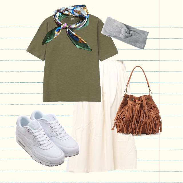 UNIQLOのTシャツ/カットソー、ミモレ丈スカート等を使ったコーデ画像