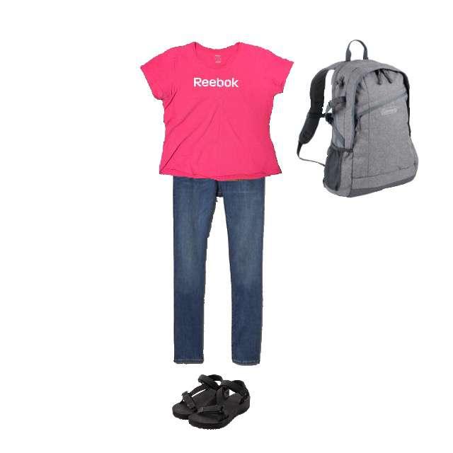 ReebokのTシャツ/カットソー、GAPのデニムパンツ等を使ったコーデ画像