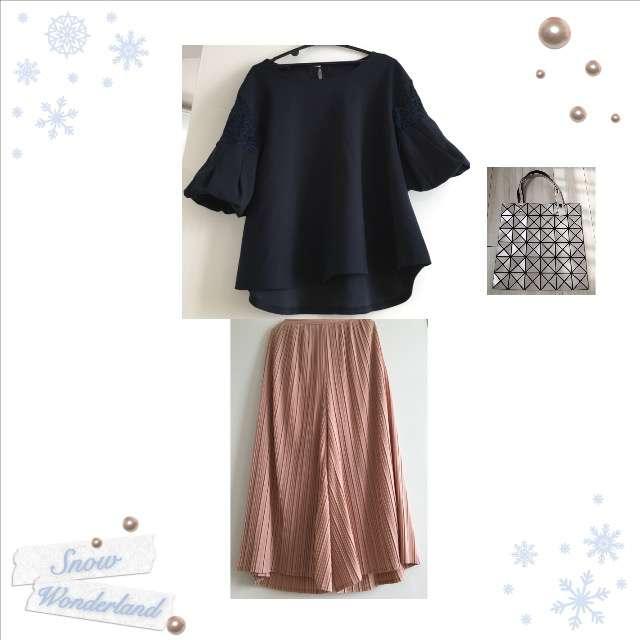 「シンプル、おでかけ」に関する麻布プロバドールのTシャツ/カットソー、GUのガウチョパンツ等を使ったコーデ画像