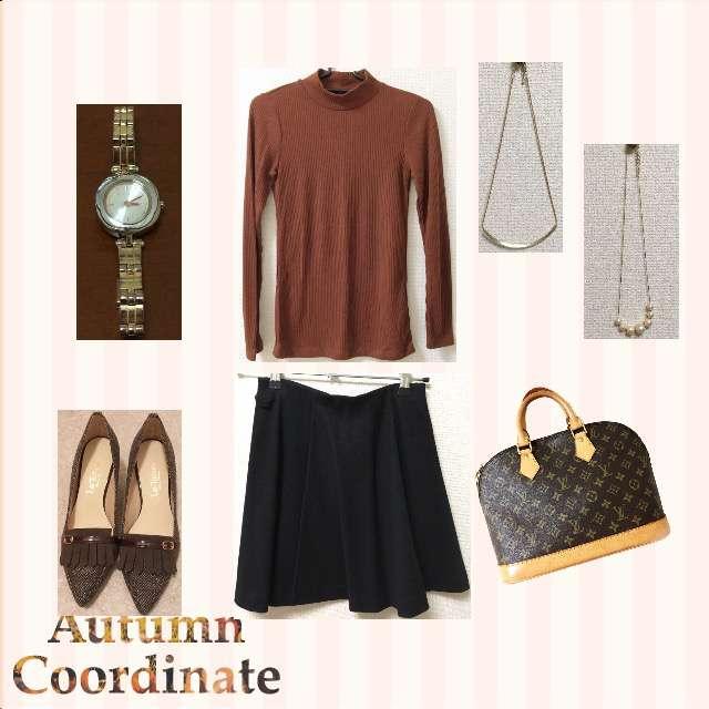 「シンプル、オフィス、休日」に関するUNIQLOのニット/セーター、UNIQLOのひざ丈スカート等を使ったコーデ画像