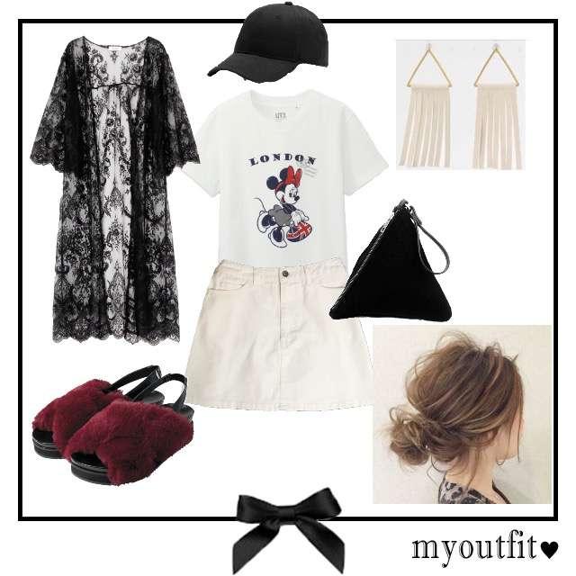 「カジュアル、お散歩、秋先取りコーデ、ファーサンダル」に関するUNIQLOのTシャツ/カットソー、ROYAL PARTYのミニスカート等を使ったコーデ画像