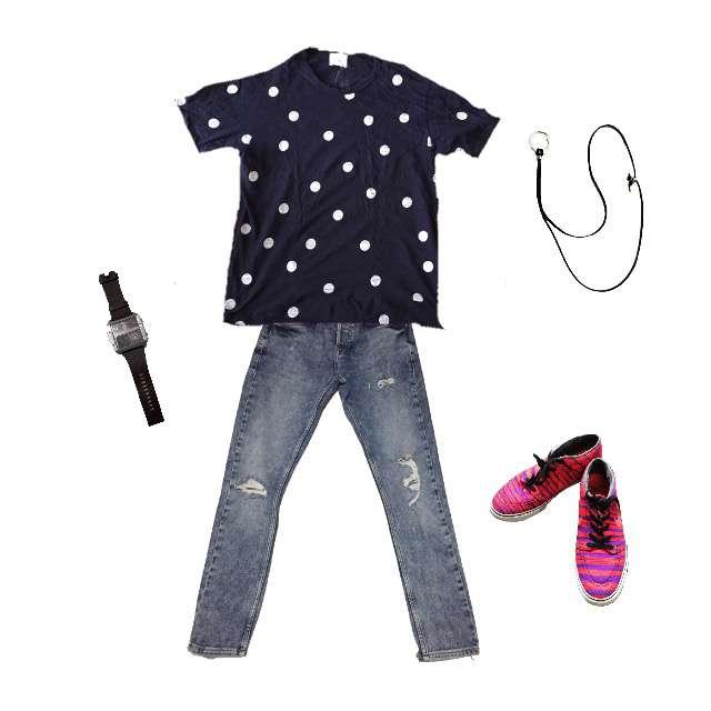 Tシャツ/カットソー、ZARAのデニム等を使ったコーデ画像