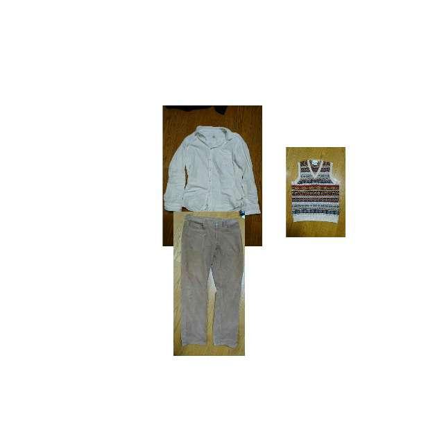 UNIQLOのポロシャツ、Jamieson's of Shetlandのベスト等を使ったコーデ画像