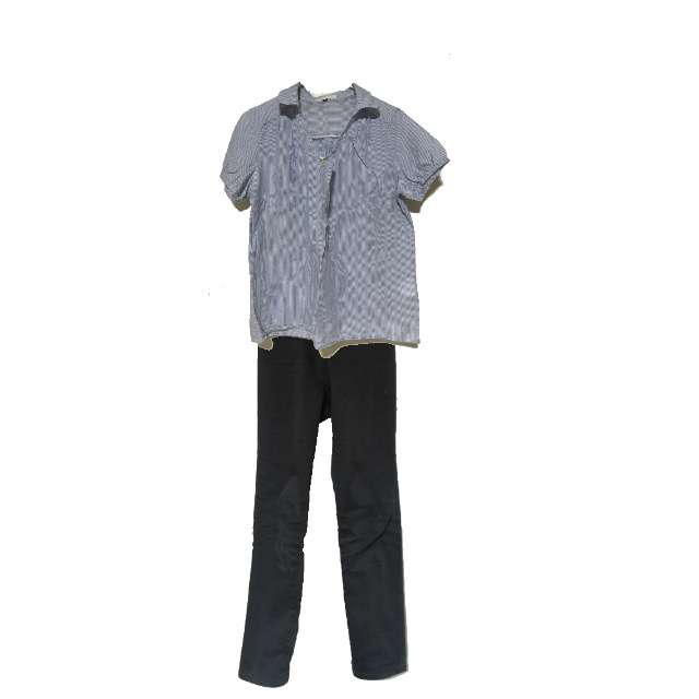 PROPORTIONのTシャツ/カットソー、UNIQLOのチノパン等を使ったコーデ画像