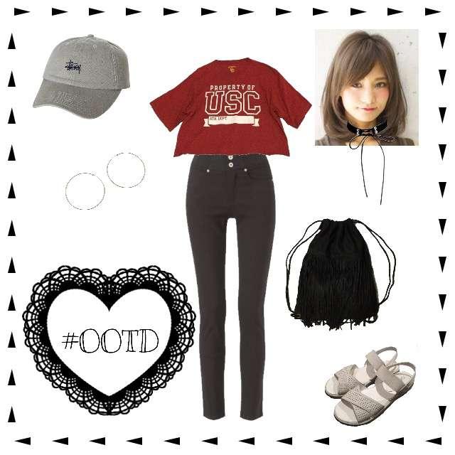 「カジュアル、ストリート、赤Tシャツ」に関するTシャツ/カットソー、サンキのスキニーパンツ等を使ったコーデ画像