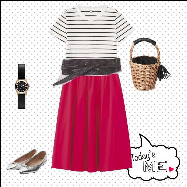 「カジュアル、カフェ」に関するUNIQLOのTシャツ/カットソー、GUのひざ丈スカート等を使ったコーデ画像