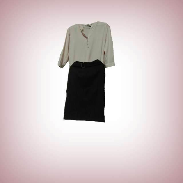 UNIQLOのシャツ/ブラウス、ROSE BUDのタイトスカート等を使ったコーデ画像