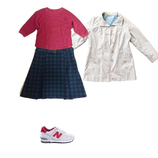 UNIQLOのチュニック、手作りのひざ丈スカート等を使ったコーデ画像