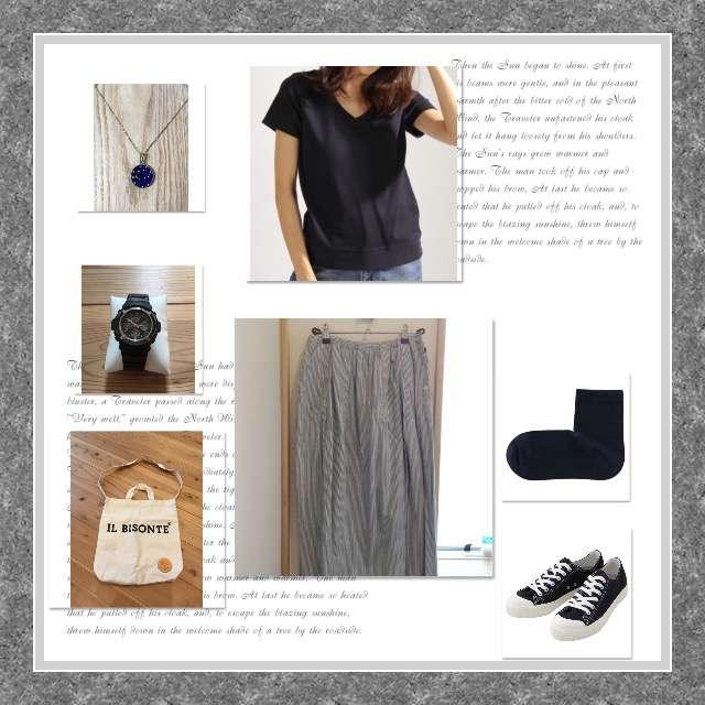 BAYFLOWのTシャツ/カットソー、NATURAL LAUNDRYのスカート等を使ったコーデ画像
