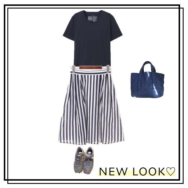 MUJIのTシャツ/カットソー、Te chichiのひざ丈スカート等を使ったコーデ画像