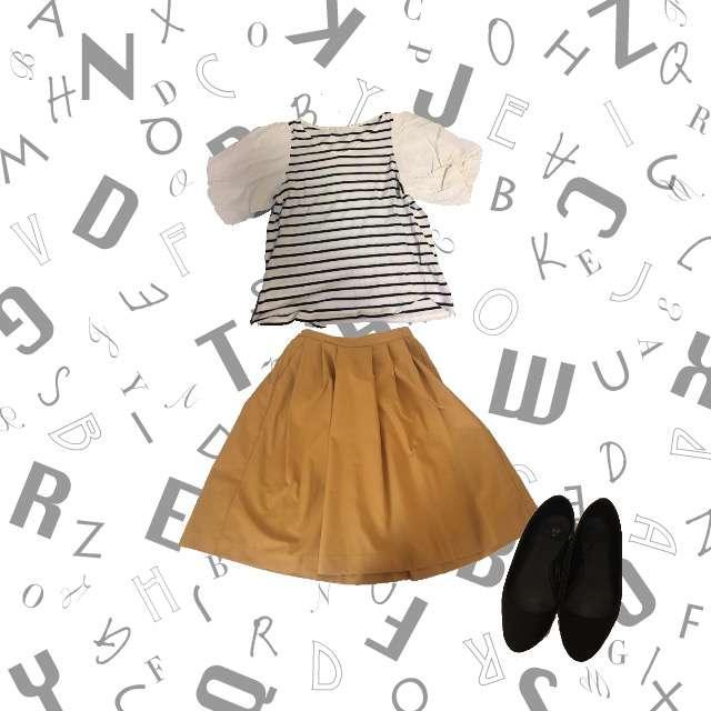 DiscoatのTシャツ/カットソー、UNIQLOのひざ丈スカート等を使ったコーデ画像