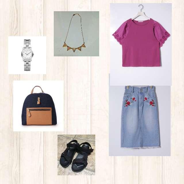 RETRO GIRLのTシャツ/カットソー、EMSEXCITEのデニムスカート等を使ったコーデ画像