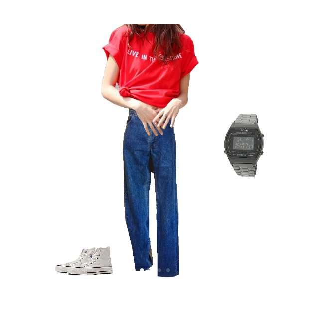 Tシャツ/カットソー、Levi'sのデニムパンツ等を使ったコーデ画像