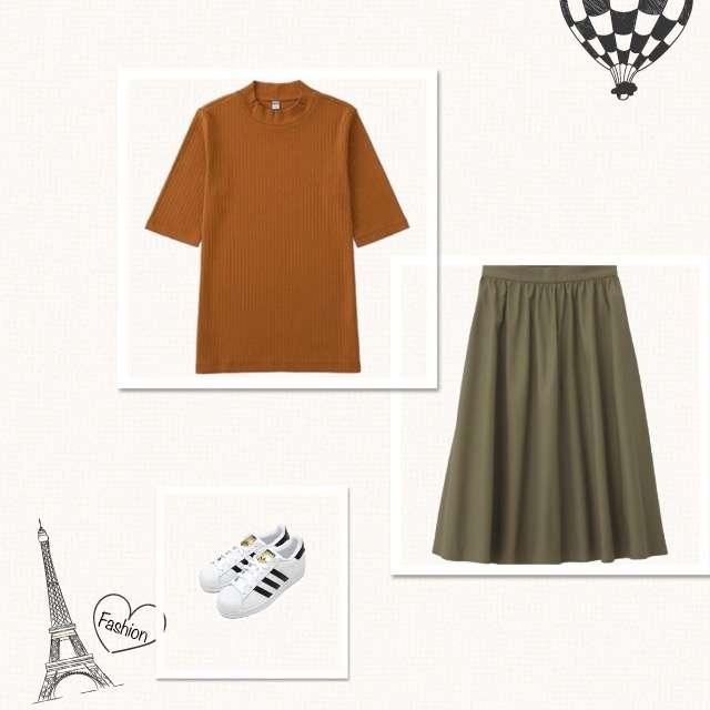 UNIQLOのTシャツ/カットソー、GUのスカート等を使ったコーデ画像