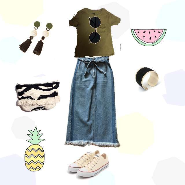 「シンプル、休日、デニムスカート、アクセサリー、合わせ方が大事」に関するLOWRYS FARMのTシャツ/カットソー、COCO DEALのデニムスカート等を使ったコーデ画像