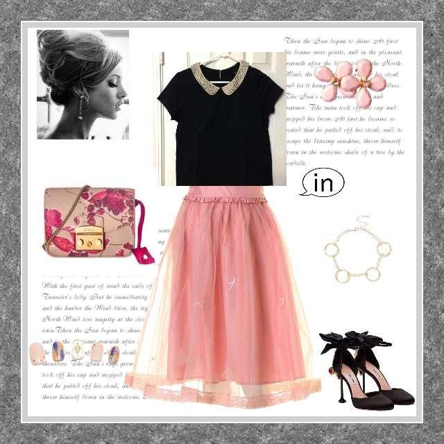 「ガーリー・フェミニン」に関するH&MのTシャツ/カットソー、フレアスカート等を使ったコーデ画像