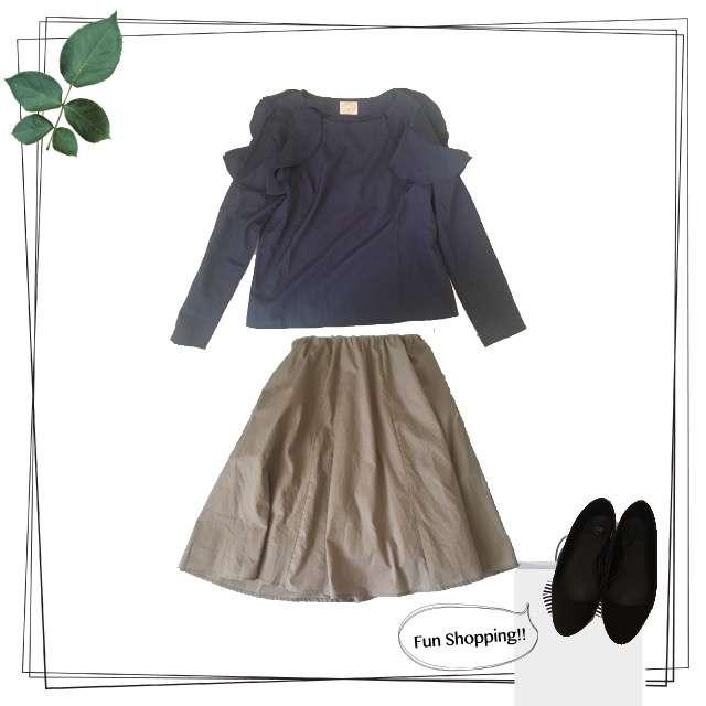 tocco closetのシャツ/ブラウス、Ehyphen world galleryのひざ丈スカート等を使ったコーデ画像