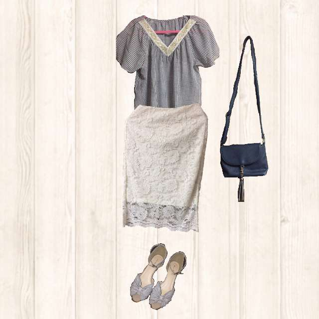 Fabric JamのTシャツ/カットソー、GUのひざ丈スカート等を使ったコーデ画像