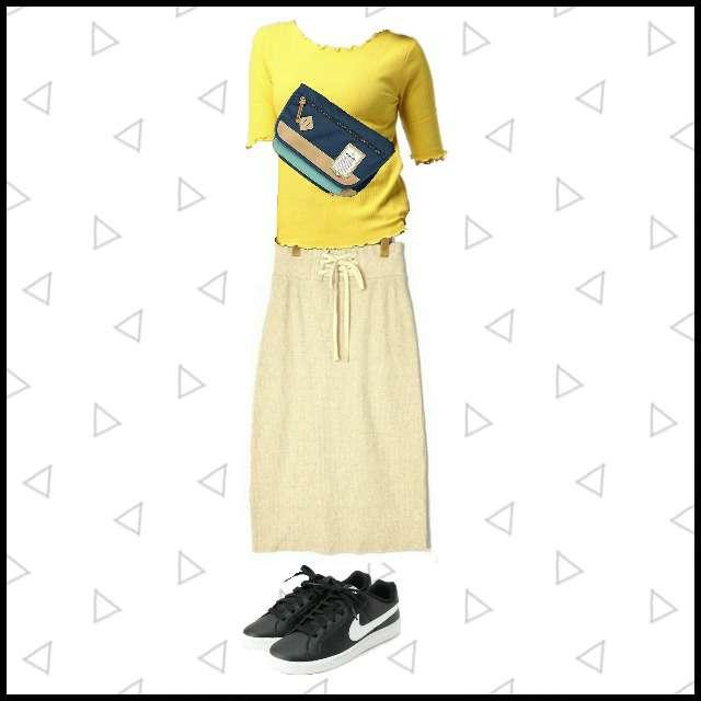archivesのTシャツ/カットソー、w closetのマキシ丈スカート等を使ったコーデ画像