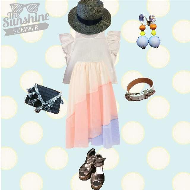 「ガーリー・フェミニン、休日、麦わら帽子」に関するLagunaMoonのTシャツ/カットソー、Chestyのミモレ丈スカート等を使ったコーデ画像