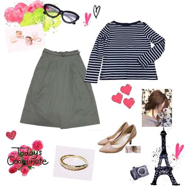 「カジュアル、オフィス、おでかけ、r_code?」に関するUNIQLOのTシャツ/カットソー、NATURAL BEAUTY BASICのひざ丈スカート等を使ったコーデ画像