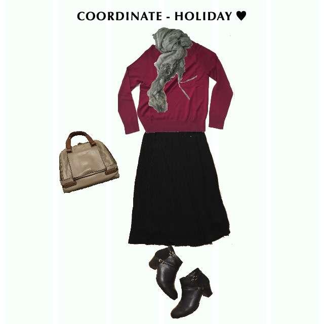 「コンサバ・エレガント、休日」に関するUNIQLOのニット/セーター、UNIQLOのプリーツスカート等を使ったコーデ画像