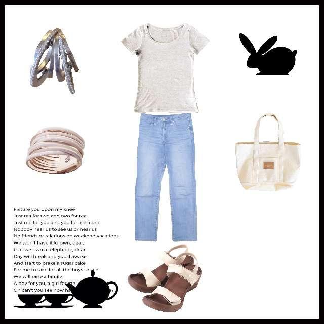 「ボーイッシュ・マニッシュ、休日」に関するHERE'SのTシャツ/カットソー、UNIQLOのデニムパンツ等を使ったコーデ画像