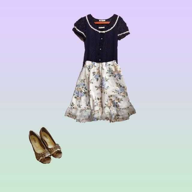 「ガーリー・フェミニン、夏」に関するaxes femmeのTシャツ/カットソー、axes femmeのひざ丈スカート等を使ったコーデ画像