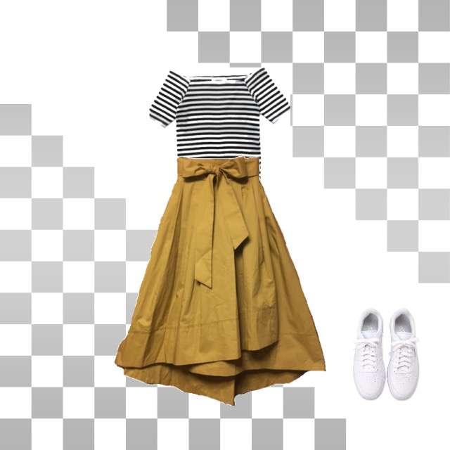 AndemiuのTシャツ/カットソー、nano・universeのフレアスカート等を使ったコーデ画像