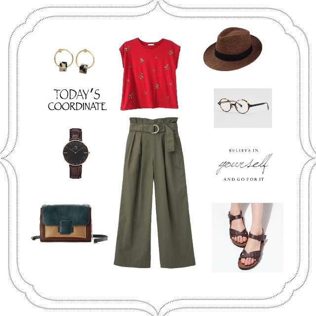 「ガーリー・フェミニン、おでかけ、赤、Tシャツ、着回し」に関するAG by aquagirlのTシャツ/カットソー、GUのワイドパンツ等を使ったコーデ画像