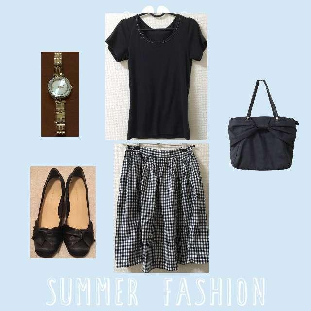 「シンプル、休日、オフィス、ゆるゆる、夏、夏コーデ」に関するITS'DEMOのTシャツ/カットソー、Ray Cassinのミモレ丈スカート等を使ったコーデ画像