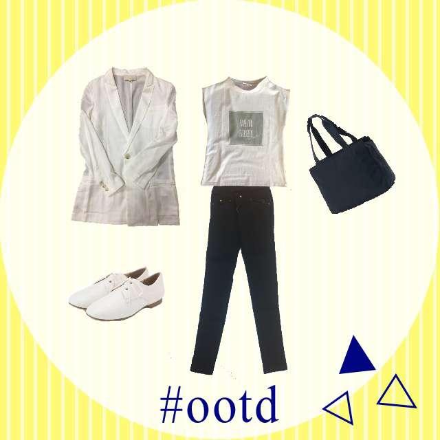 「シンプル、オフィス」に関するUNITED TOKYOのシャツ/ブラウス、SENSE OF PLACE by URBAN RESEARCHのTシャツ/カットソー等を使ったコーデ画像